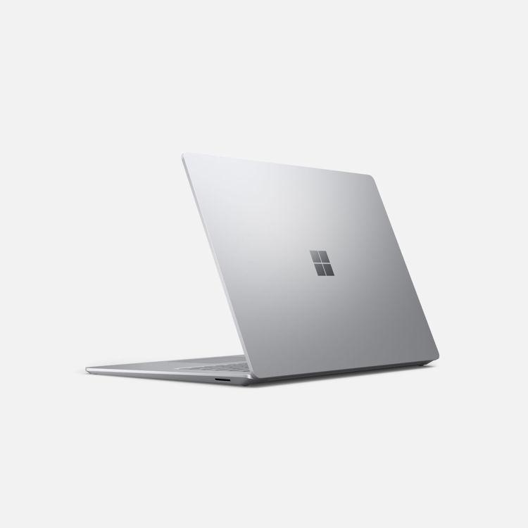Laptop 15 - Platinum - Angled